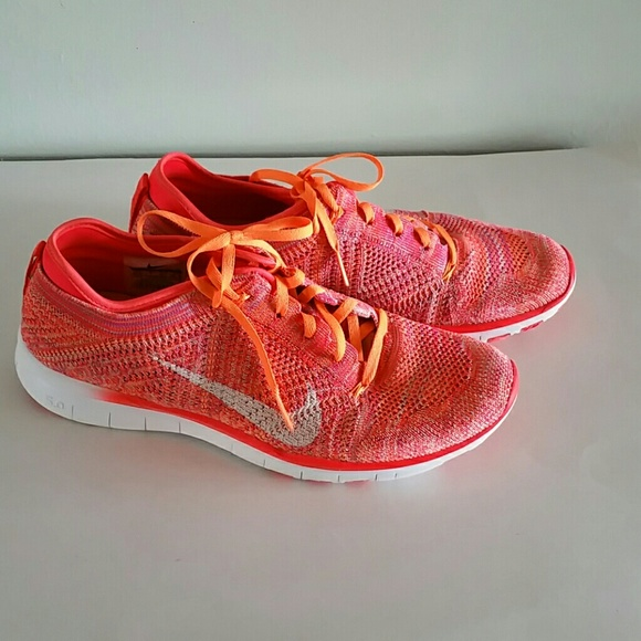 official photos 5cfaa b091f NIKE FREE 5.0 TR FLYKNIT Womens Running shoes. M 5b01b1748af1c54458464c51